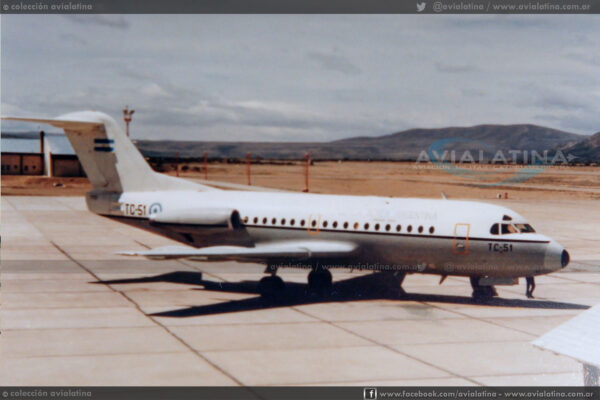 """Con indicativo """"Litro 5"""" el F-28 TC-51 fue el primer reactor en arribar a Puerto Argentino."""