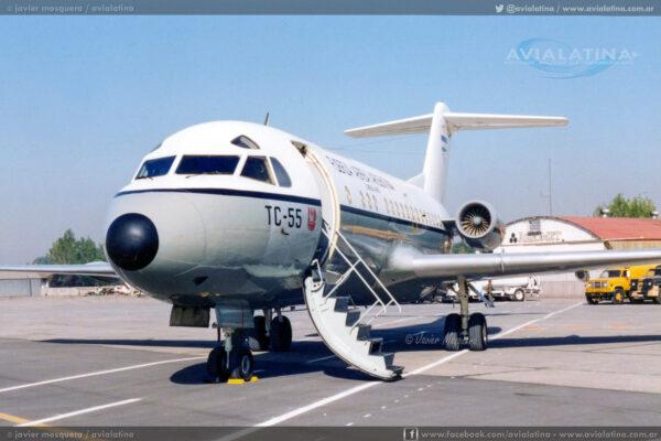 """Cerrando el puente aéreo del 02Abr82, el TC-55 """"Litro 8"""" fue el último transporte de FAA en operar ese día."""