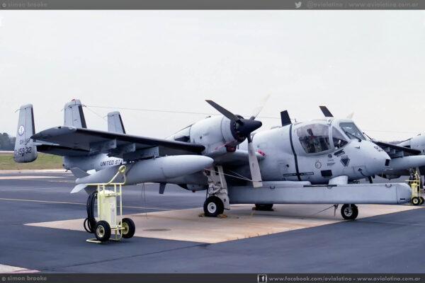 68-15932 mientras operaba con la GA-NG. Dobbins AFB, 01Abr92. (Simon Brooke)