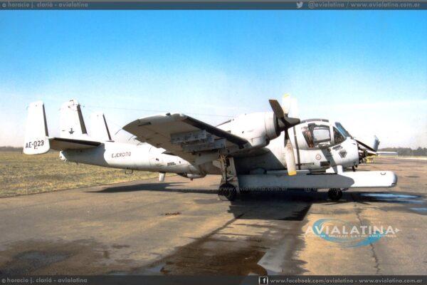 El AE-023 fotografiado en Campo de Mayo el 18Jul96. (Horacio J. Clariá)