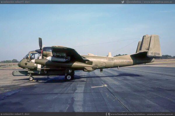 Fotografiado en Webb Field/Texarkana Airport en Nov78 mientras era operado por el USAEPG. (Col Robert F Dorr)