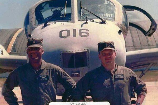 Durante uno de los últimos cursos dictados desde Fort Rucker en 1993. (OV-1 Mohawk Association)