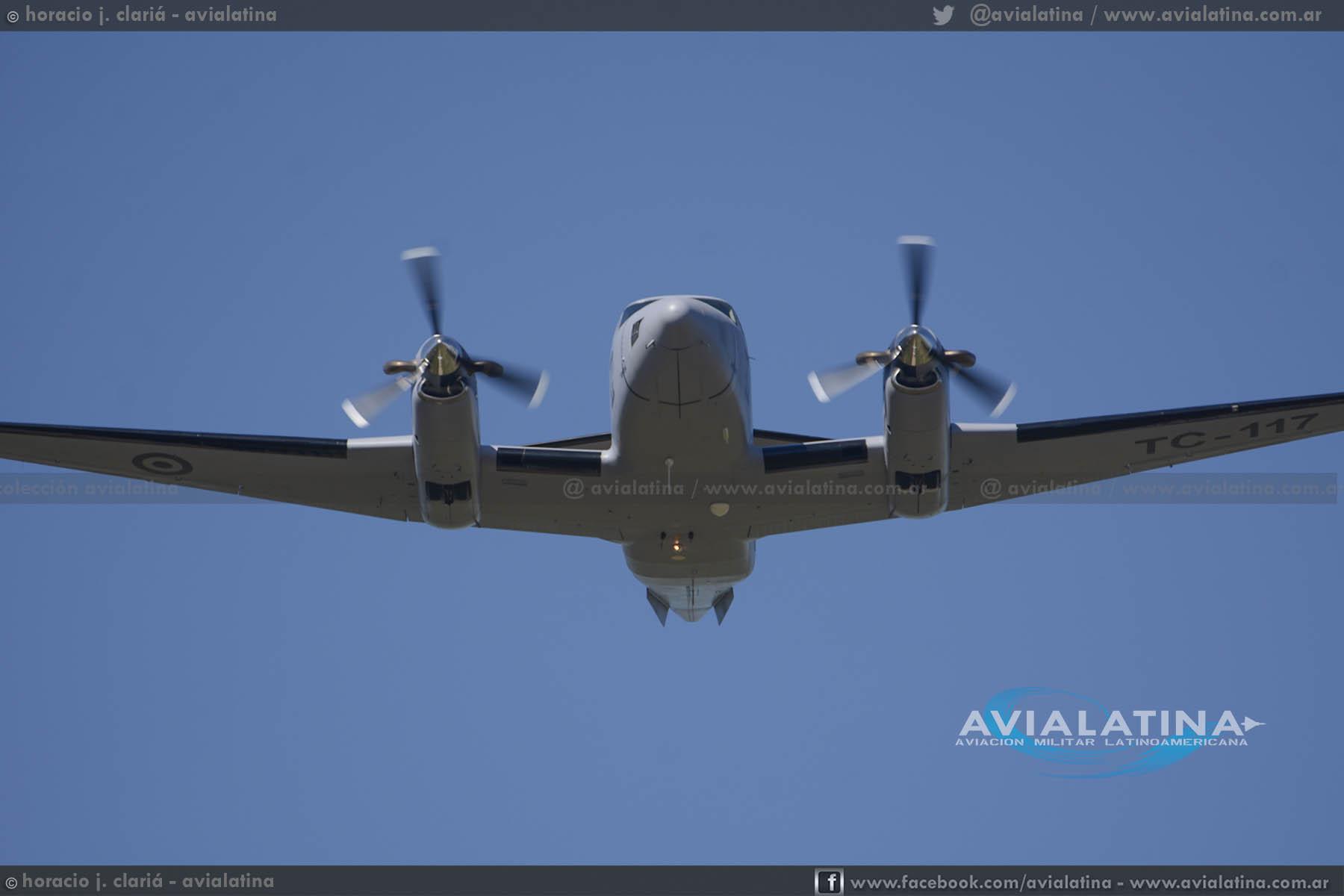 Incorporación formal del primer Beech Huron de la Fuerza Aérea Argentina