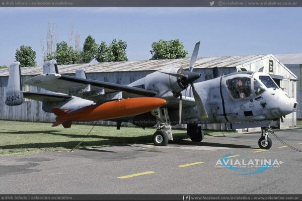 Los comienzos del 024, mientras estaba asignado a la Escuela de Aviación de Ejército en función de entrenamiento. (Dick Lohuis)